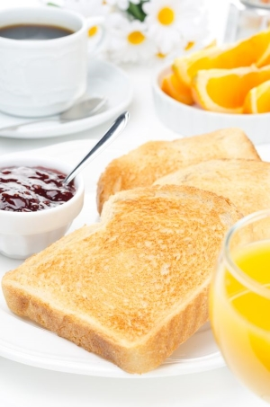 toast-and-jam-with-breakfast