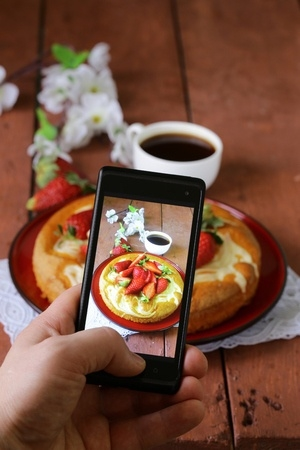 mobile-phone-taking-picture-of-food
