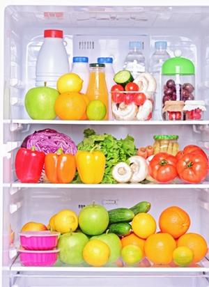 healthy-food-in-fridge