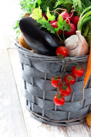 basket-of-fresh-fruit