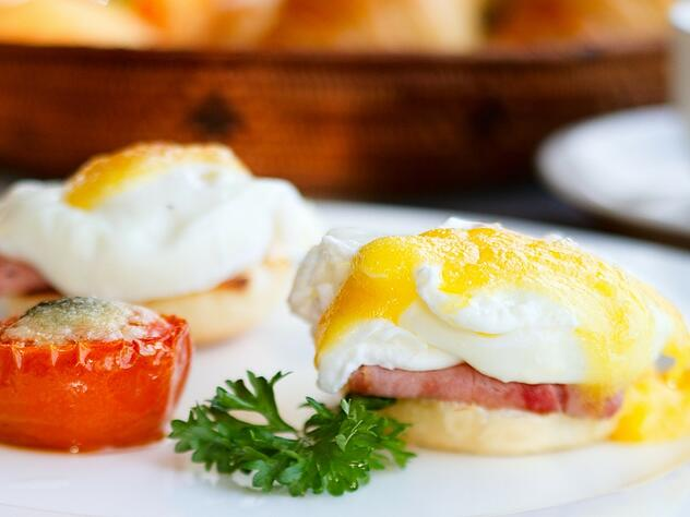 Leave these QSR breakfast trends behind.