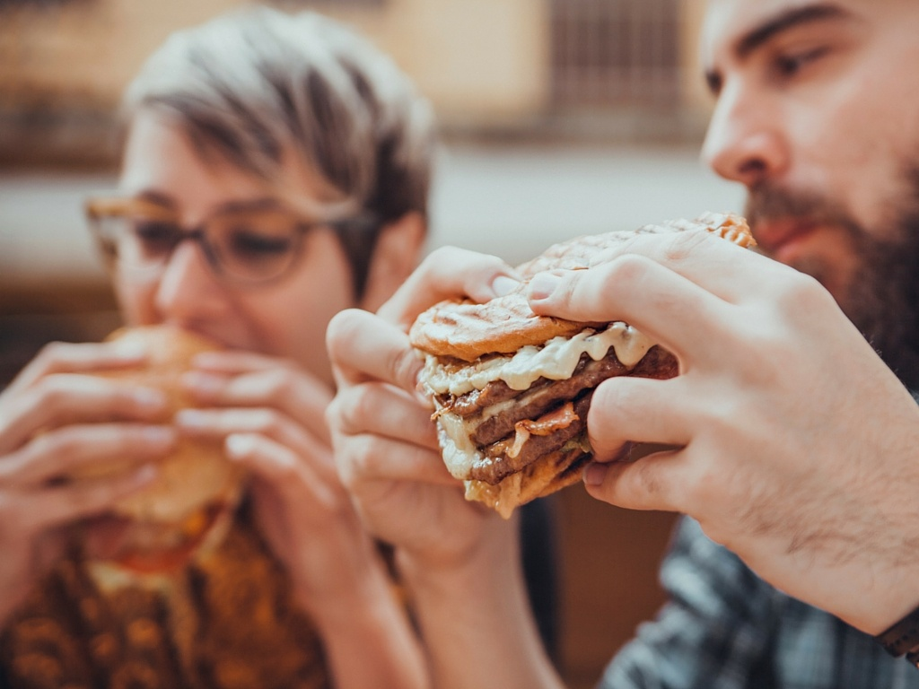 3 Ways the Fast Food Industry Can Go Sustainable in Meat and Poultry Sourcing