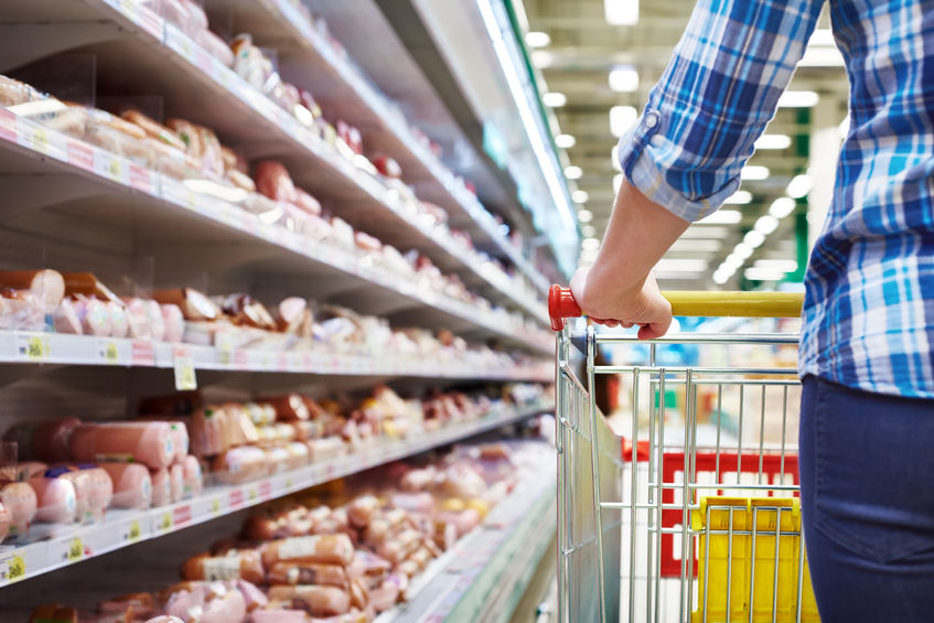 Young Adult and Hispanic Grocery Shoppers Drive Fast-and-Fresh Trends