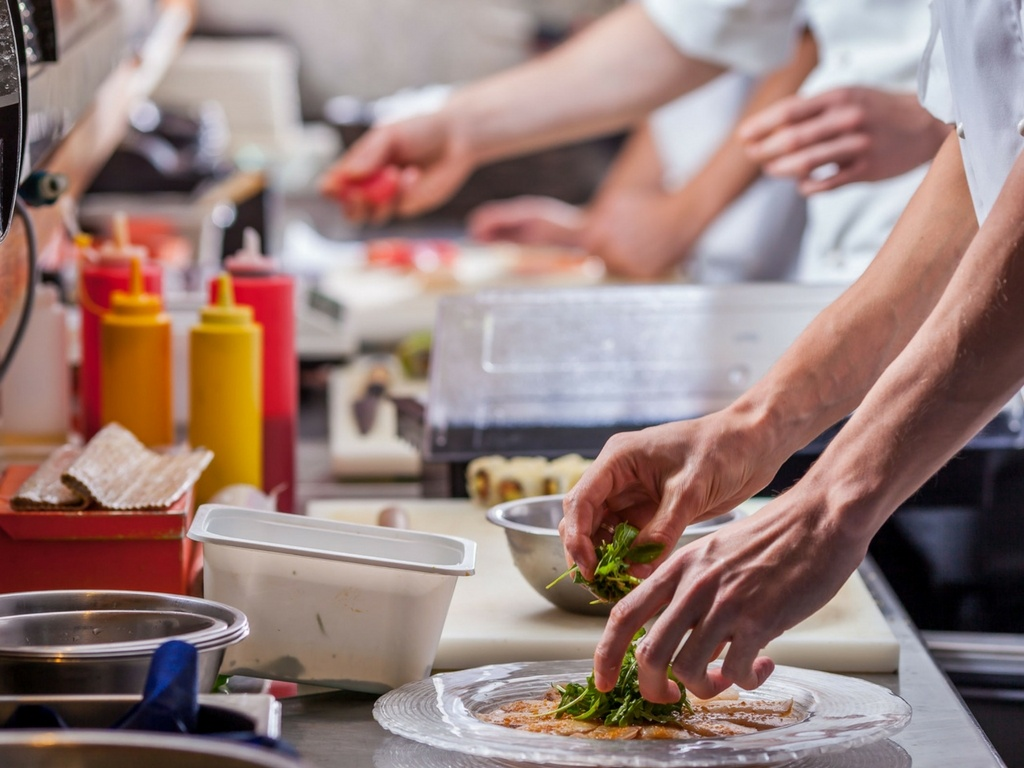 Overcoming the Challenge of Managing Untested Kitchen Staff